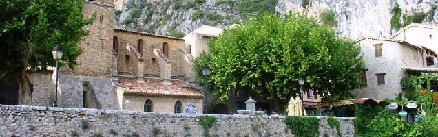 francese a Moustiers-Sainte-Marie con Language International