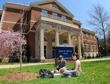 โรงเรียนภาษาอังกฤษ!in Johnson City: ELS Language Centers at East Tennessee State University: Johnson City (TN)