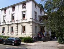 saksan koulut Freiburgissa: ALPADIA - Language Schools Freiburg