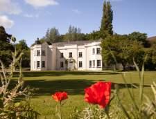 ブレコンにある英語学校: Trebinshun House