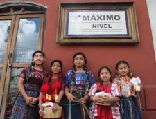 Spanish schools in Antigua: Maximo Nivel