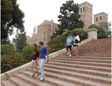 Los Angeles'da İngilizce okulları: ELC Junior Program at UCLA