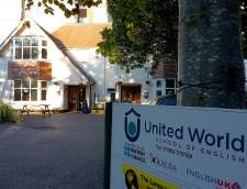 Ecoles d'anglais à Bornemouth: United World School of English