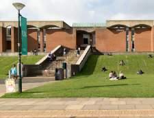 Jazykové školy v Brightone: Embassy English: Brighton, University of Sussex (Junior)