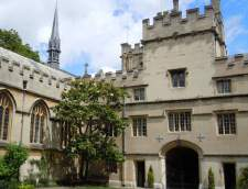 Scuole di Inglese a Oxford: Redwing Education