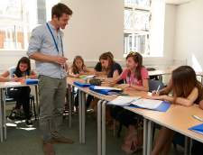 English schools in London: St Giles Junior Summer Course London