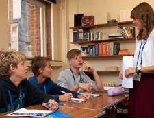 English schools in Rochester: St Giles Junior Summer Course Canterbury
