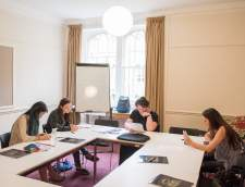 English schools in Oxford: Oxford Summer Courses