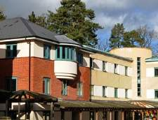 Engelsk skoler i Burchetts Grøn: Stafford House Summer - Woodcote - Thames Valley (Junior)