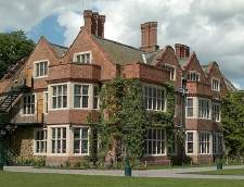 English schools in York: Stafford House Summer - York Queen Ethelburga's College (Junior)