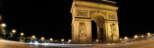 Italia di Paris bersama Language International